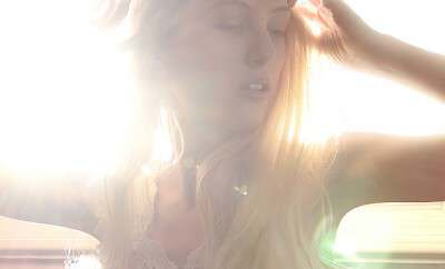 Shandi-lee XVI {window dreams}